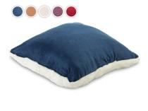 Warm Hug Декоративная подушка