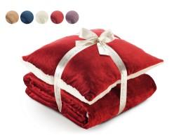 Warm Hug Набор из одеяла и подушки