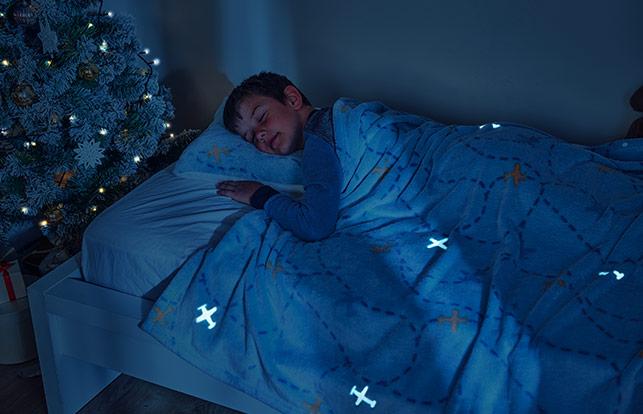 Детский набор из покрывала и подушки Dormeo Warm Hug 2020